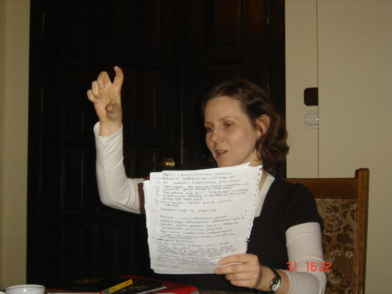 Monika już na wstępie wyraźnie zaznacza, że bez znajomości astrologii oraz psychologii C.G. Junga o człowieku wiemy najwyżej tyle...