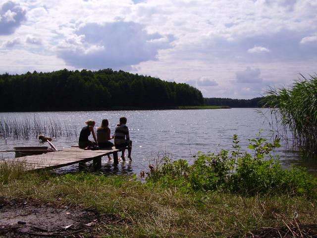 Nad jeziorem - chwila zadumy i ciąg dalszy inspirujących rozmów